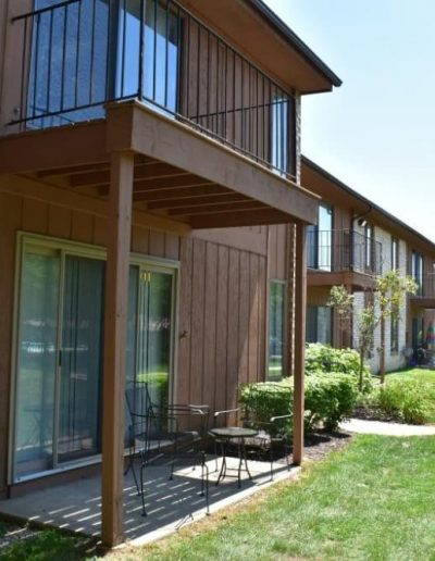pine-ridge-apartments-for-rent-in-southfield-mi-gallery-1